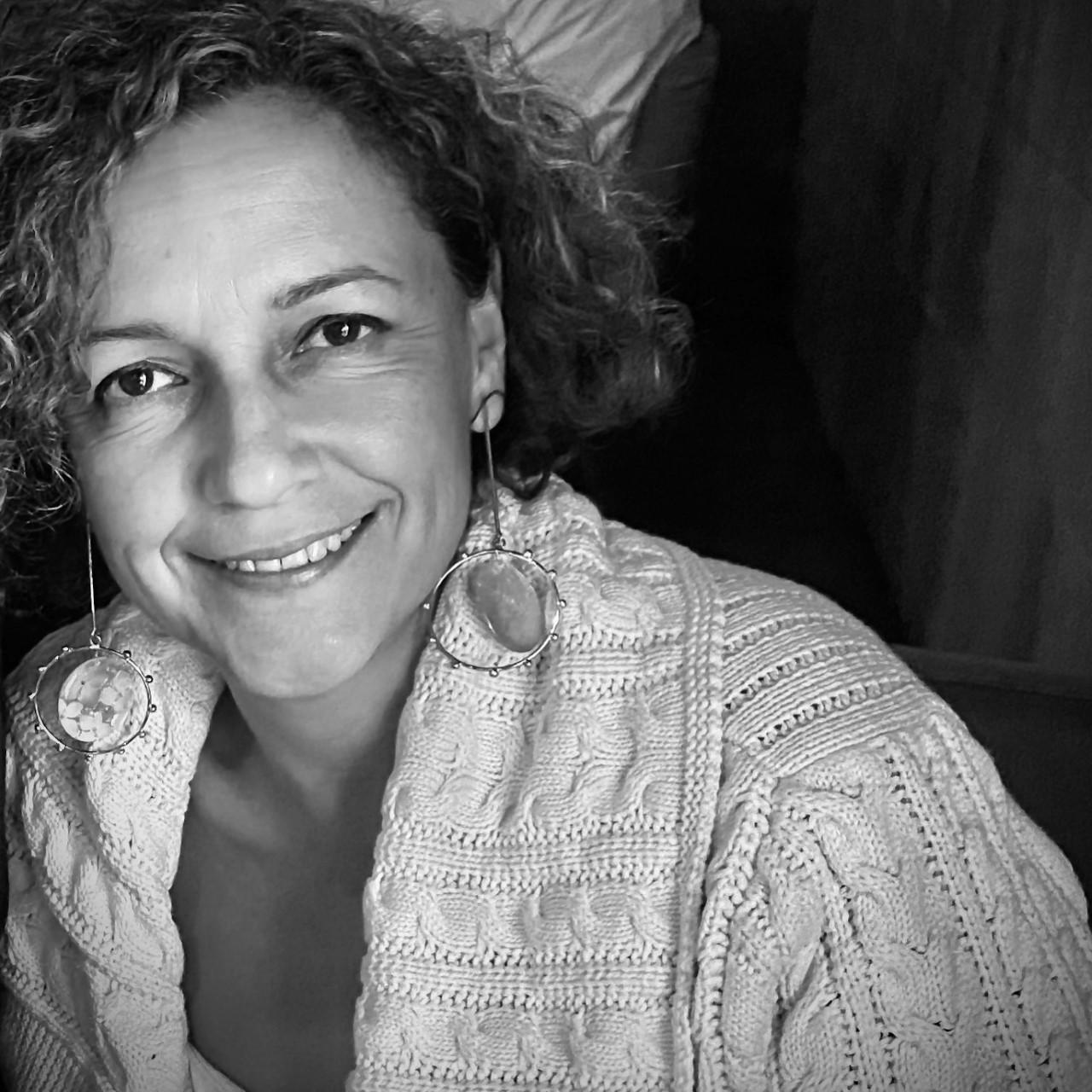 Decana Mayra Jiménez